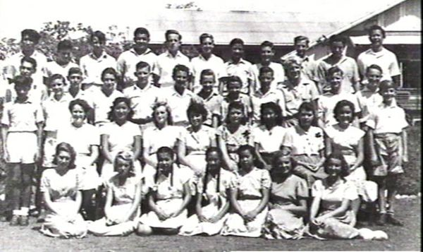 Members of the Darwin High School