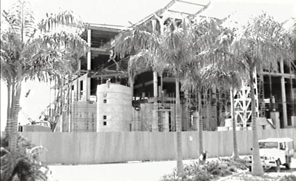 Construction of Parliament House, Mitchell Street, Darwin