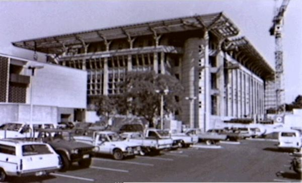 Construction of Parliament House, State Square, Mitchell St, Darwin